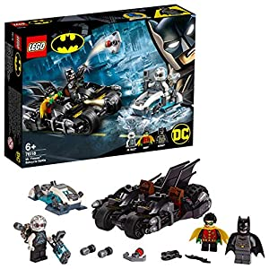 LEGO Super Heroes - Gioco per Bambini Battaglia sul Bat ciclo con Mr. Freeze, Multicolore, 6251453 5702016369120 LEGO