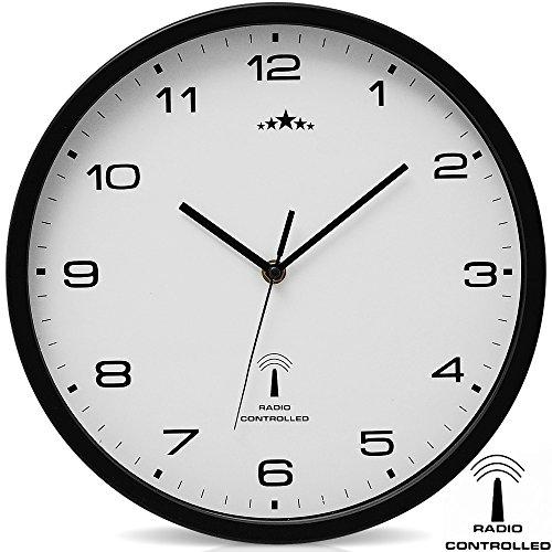 Orologio da parete nero/bianco al quarzo automatico Orologio da muro radiocontrollato Analogico...