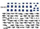 MAGMA BRICK Friedenstruppen der Vereinten Nationen Oder Blauhelmsoldaten. der Soldat mit taktischem Gang und Waffe.