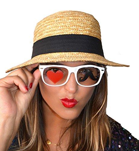 Brille weiß mit Aufdruck im Glas einen Schnurrbart und ein Herz