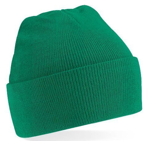 Beechfield Knitted hat with turn up in Kelly