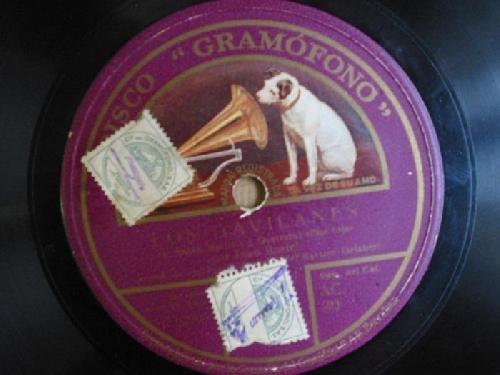Antiguo Disco Pizarra - Old Slate Disc :LOS GAVILANES : Milonga por Emilio Sagi-Barba; Flor roja por Juan Rosich