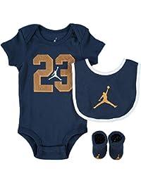 ec569a13d86a Nike AIR Jordan Baby 3-Piece Gift Set