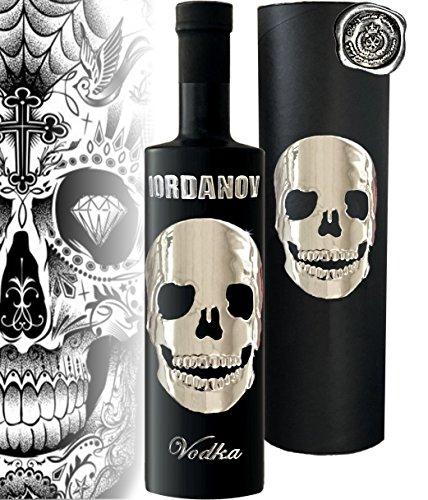 Black Skull Vodka Geschenk limited Edition Iordanov Vollchrome im Geschenkset Luxus für Männer