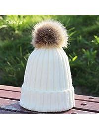 HAOLIEQUAN Mujer Pompom Knit Gorros Sombreros Mujer De Invierno Sombrero  Mujer Espesar Gorra Suave Cálido Skullies cdaf55d6ac8f