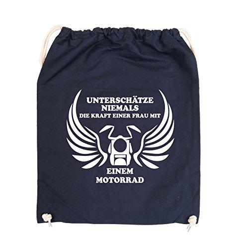 Comedy Bags - UNTERSCHÄTZE NIEMALS FRAU MIT MOTORRAD - Turnbeutel - 37x46cm - Farbe: Schwarz / Silber Navy / Weiss