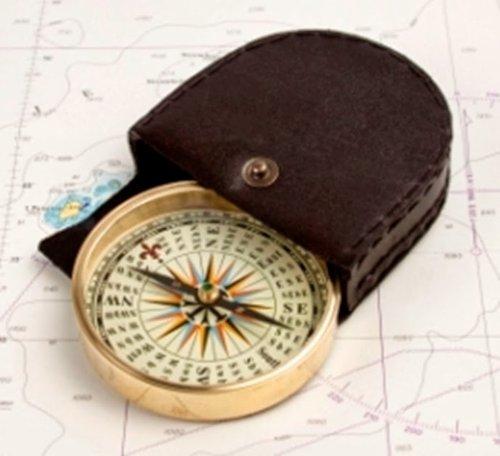 Kompass in Leder Tasche, Messing