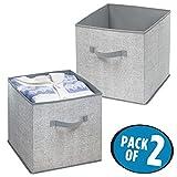 mDesign 2er-Set Stoffbox - Aufbewahrungsbox aus Stoff - ideal zur Ablage von Kleidung und als Schrankbox - Aufbewahrungskiste mit praktischen Griffen - grau