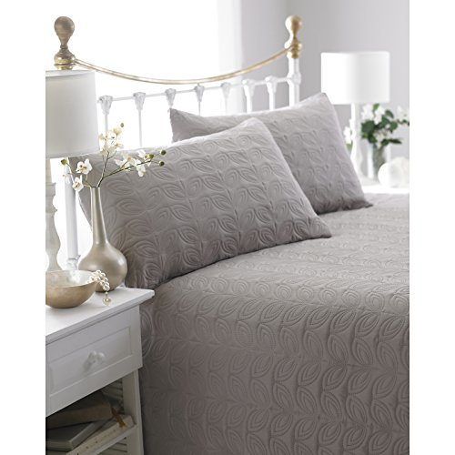 Natural Reversible Embossed Quilted Bedspread, Leaf, Includes 2 Pillowshams, 240cm x 260cm, Double/King by Ideal