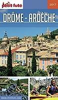 Des montagnes enneigées du Vercors aux plaines du Rhône, des collines du Facteur Cheval aux champs de lavande et aux moulins à huile de la Provence, la Drôme nous fait goûter à tous les plaisirs. Amoureux de nature, de grands espaces, de patrimoine, ...