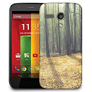 Snoogg Focused Light In Forest Designer Protective Phone Back Case Cover For Motorola G / Moto G