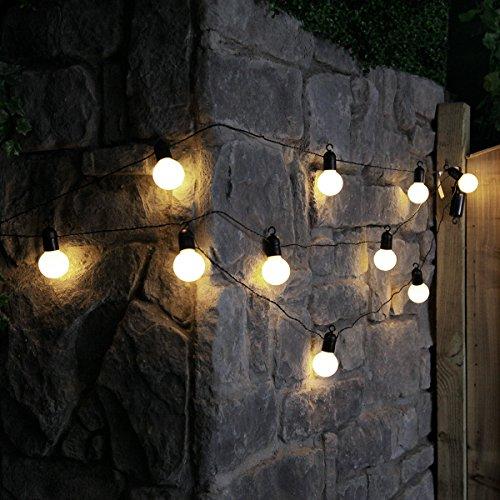 guirlande-lumineuse-festive-guinguette-450m-10-ampoules-opaques-incassables-a-led-blanc-chaud-a-pile