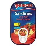 Princes Sardinas en una rica salsa de tomate 12 x 120g
