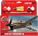 Airfix 1:72 Curtiss P-40b Tomahawk Military Aircraft Category 1 Gift Set