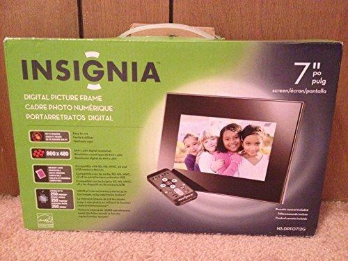 Insignia 7 Widescreen LCD Digital Photo Frame - Black/Silver by Insignia