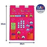 LUDI - Calendrier rose pour enfant dès 3 ans. Panneau en tissu brodé 53 x 38 cm. Accroche murale avec une corde et une lamelle en bois. 45 étiquettes amovibles - réf. 2095