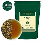 VAHDAM, Foglia di Tè Alle Erbe Curcuma Tulsi (100 tazze), 200g | India's Wonder Spice | Miscela di tè alla curcuma e tulsi | Tè al tisane naturale al 100% | Brew come tè caldo o ghiacciato