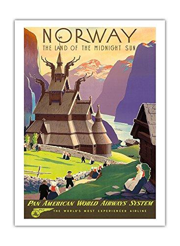Pacifica Island Art - Norwegen - Land Der Mitternachtssonne - Stabkirche - Pan American World Airways System (PAA) - Retro Flugreise Plakat von Ivar Gull c.1939 - Giclée Kunstdruck 30.5 x 41 cm