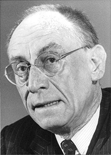 vintage-photo-of-portrait-of-edzard-reuter