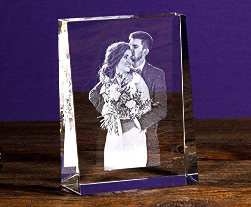 Isonio Glasfoto - Ihr eigenes Foto in Viamant Glas gelasert - Foto im Kristallglas als Fotogeschenk (Größe L Hochformat 100 x 135 x 35mm)