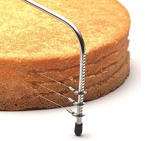 El cortador de suelo para tartas Fisko es adecuado para profesionales y también para panaderos. Círculo de masa de tarta horneada con bases de tartas supercortadas. Se puede cortar hasta un diámetro de 28,5 cm.