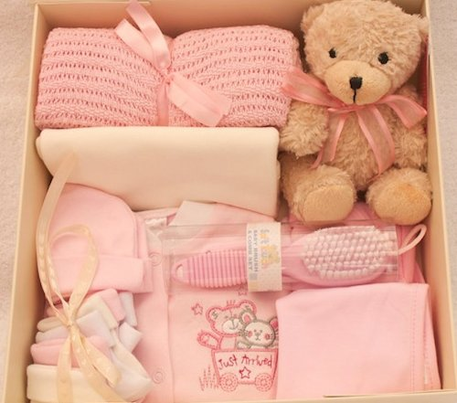 NEW Baby Girl boîte cadeau. Taille New Born. Layette et accessoires