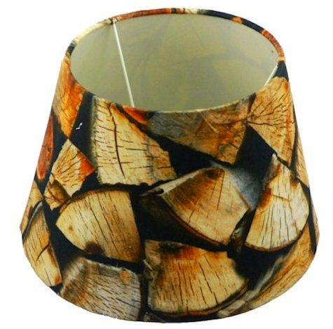rustico-lampada-per-legna-da-ardere-di-autunno-e-inverno-della-foto-back-to-nature
