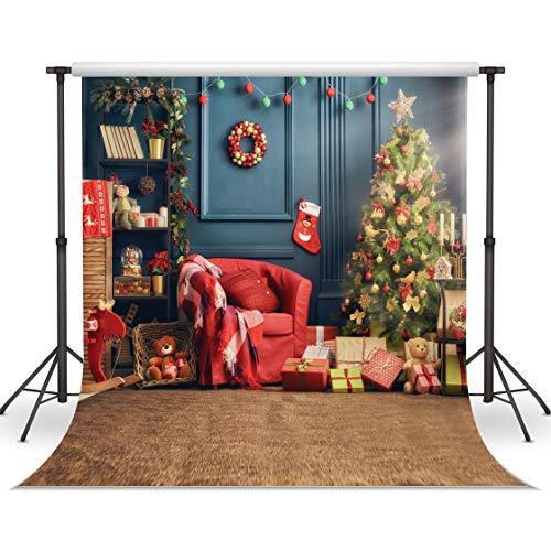 LYWYGG 10x10FT Weihnachtsbaum Geschenk Hintergrund Indoor Weihnachten Hintergrund Red Sofa Blue Wand Cute Bear Geschenk Fotografie Kulissen für Kind CP-75