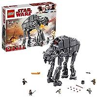 Entra in battaglia con il Walker da assalto del Primo Ordine!Aggiungi un'invincibile arma al tuo esercito del Primo Ordine con il Walker da assalto del Primo Ordine LEGO® Star Wars. Questo fantastico modello, basato sul film campione di incas...