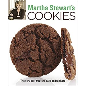51w%2B6ub2BjL. SS300  - Martha Stewart's Cookies: The Very Best Treats to Bake and to Share