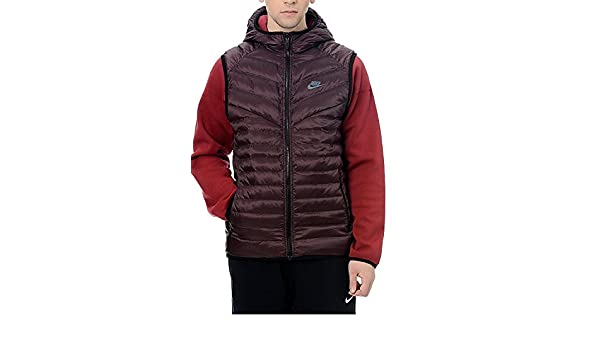 48c1e180b0b6 Nike Men s Tech Fleece Aeroloft Windrunner Jacket Red burgundy (Small
