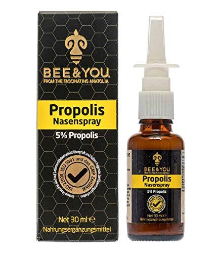 Bee & You Propolis Nasenspray 5{ca15266236371f3fc14bc020813a7d7de602166e61e3ed4cade8b5660424e866} 30 ml (Wohltuende Zusammenmischung, Fairer Handel, Natürliche & kontrollierte Zutaten)