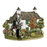 Lilliput Lane Dove Cottage Figurine