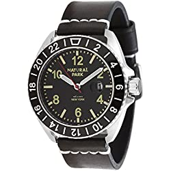 Men Sport Casual Watch with Black Dial Luminated Hand Black Leather Strap