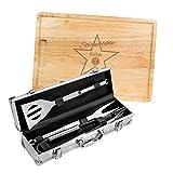 AMAVEL 2er Grillset – Grillbesteck in Edelstahl-Koffer – Schneidebrett aus Holz – Sterneköchin – Personalisiert mit [Namen] – Grillzange – BBQ-Koffer – Geschenke für Männer – Vatertagsgeschenke