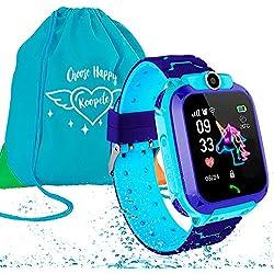 Koopete.Smartwatch niños Impermeable.Regalo de Mochila.Reloj Inteligente,con Llamadas,localizador LBS,cámara Fotos,botón SOS,Pantalla táctil,Juego,Despertador. (Azul)