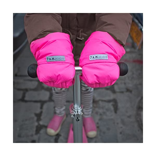 7AM Enfant WarMMuffs 212 Kids Neon Pink 7AM Enfant Conveniently attaches to any scooter or bike handle with hook & loop fasteners Roomy cuffs for hands and jacket sleeves Water repellent outer shell 4