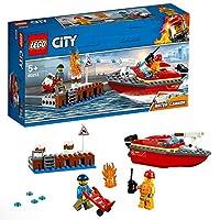 Introduci il tuo bambino agli eroi di tutti i giorni mentre accorrono sul motoscafo per spegnere l'incendio!Proteggi il molo di LEGO® City con il fantastico set Incendio al porto 60213, contenente un motoscafo antincendio con cannone ad acqua multi-s...