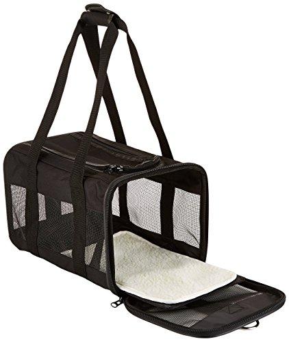 Amazon Basics Pet carrier bag, soft side panels 3