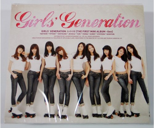 Kpop CD, GIRLS\' GENERATION GEE 1ST MINI ALBUM + Thick Mini Photobook (44 Pages) + FREE GIFT(Folded Girls\' Generation Poster + Mask Pack Sheet) *NEW & SEALED*