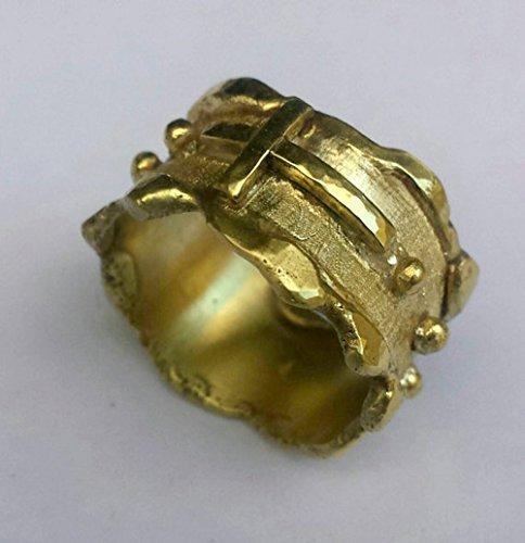 Anello Rosario, realizzato interamente a mano, con ottone forgiato e saldato.