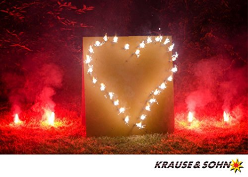 Lichterbild Brennendes Herz mit roten Bengalfeuern thumbnail