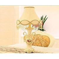 Lily's-uk Amore Desk Lamp europeo Lampada da tavolo di lusso retrò Soggiorno ceramica Swan lampada calda Camera da letto