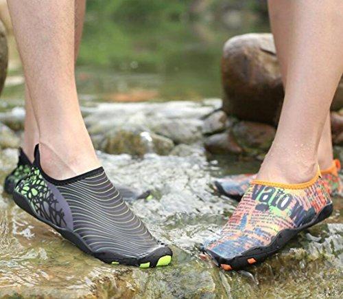 Coussin léger d'air de natation athlétique Monk-straps Running École respiratoire de gymnastique PE Chaussures confortables pour hommes Taille de l'UE 38-45 Grey