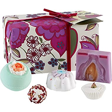Bomb Cosmetics Vintage Velvet Handmade Wrapped Bath, Body & Gift Pack, Contains 5-Piece, 480 g