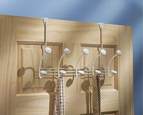 mDesign - Perchero de 10 ganchos, para colgar sobre perfil de puerta; cuelga sacos, sombreros, batas, toallas - Blanco