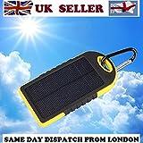 Caricabatteria 5000mAh con Pannello Solare, YOKKAO Power Bank Impermeabile a [Due Porte USB Ingresso 5V/1A Uscita 5V/2x1A] con LED Batteria Esterna (Nero Giallo)