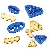""""""" Anokay Goods , An Okay Life ! """" Anokay 4 pz Formine Biscotti di supereroe Superman e Batman Un Set ti permette di decorare dolci in qualche forma di nuovo . Personaggi fantastici in cartoni animati son stati appositamente selezionati  per g..."""