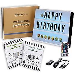 LED Lightbox mit Buchstaben - A4 Leuchtkasten mit Farbwechsel, MEGA Set inkl. 173 Buchstaben, 85 farbige Emojis, 1,5m USB Kabel, Netzteil, Fernbedienung mit Dimmer, Perfektes Deko Geschenk