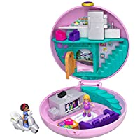 Polly Pocket Pocket World Donut Pajama Party Compact with Donut Shape, Polly's Living Room World, Surprise Reveals, Micro Polly and Shani Dolls & Pizza Scooter Accessory [Amazon Exclusive]